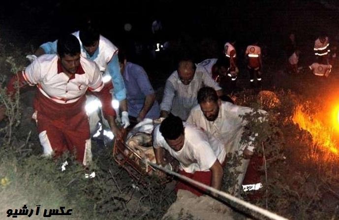 سوانح رانندگی هنوز هم قربانی می گیرد…/کشته شدن ۵ نفر بعلت سقوط خودرو به دره