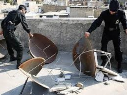 جمع آوری دیش های ماهواره جزو مأموریتهای طبیعی و روزانه نیروی انتظامی است