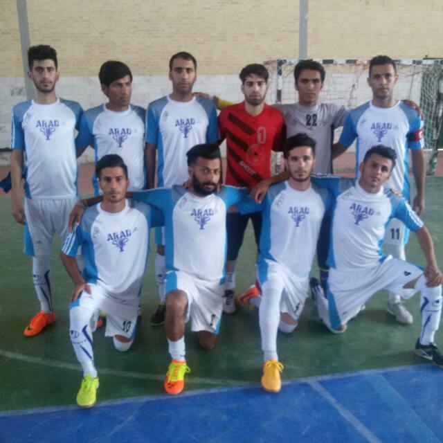 آراد مسجدسلیمان ، همچنان در صدر رقابتهای لیگ دسته اول فوتسال خوزستان + تصویر