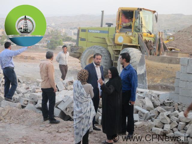 رفع تصرف بوستان محله نصیرآباد و تخریب ساختمان غیرمجاز + تصاویر