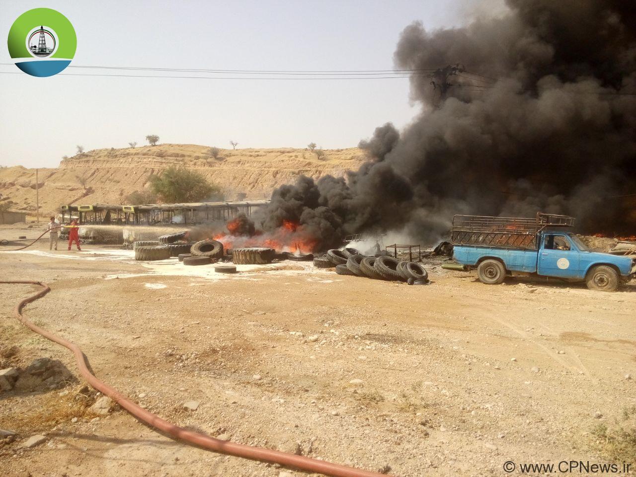 جزئیات آتش سوزی در محوطه کارخانه سنگ شکن شهرداری+ تصاویر