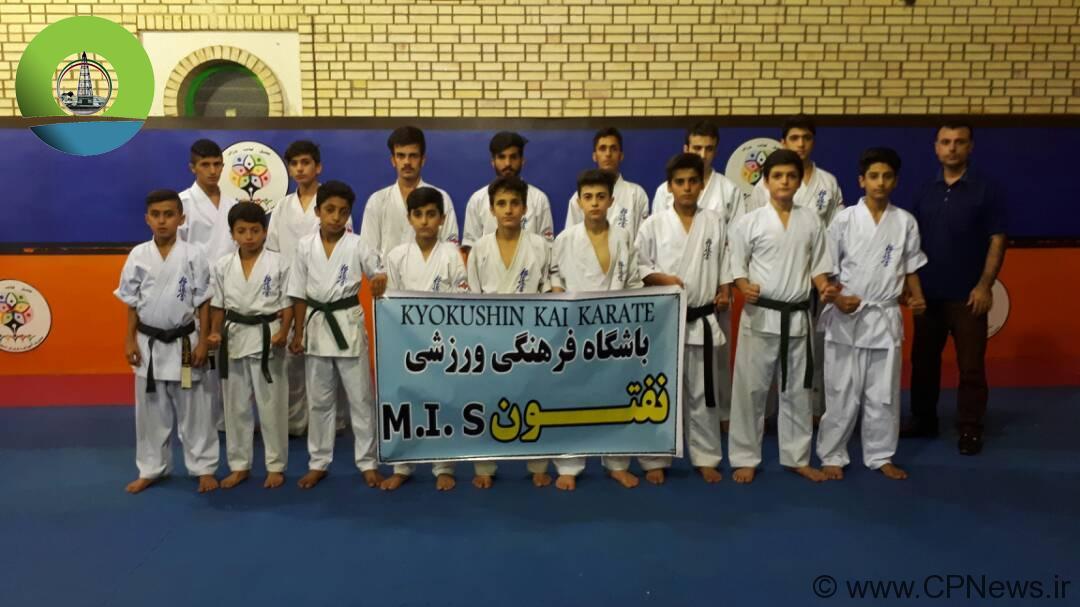 افتخارآفرینی نوجوانان نفتون مسجدسلیمان در مسابقات کیوکوشین کاراته قهرمانی کشور + تصاویر