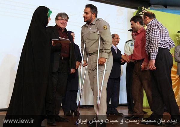 پاداش محیط بان نمونه و جانباز خوزستانی؛ از تجلیل رئیس جمهوری تا تعلیق از کار!؟