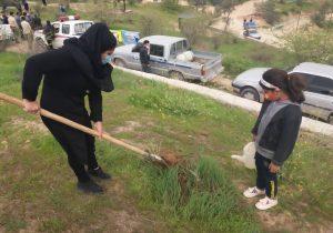 گرامیداشت هفته درختکاری در مسجدسلیمان+ تصاویر